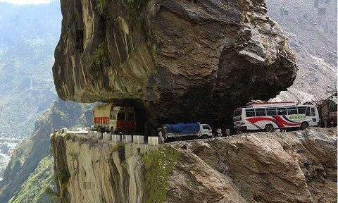 The World's deadlist road  Himachal Pradesh India