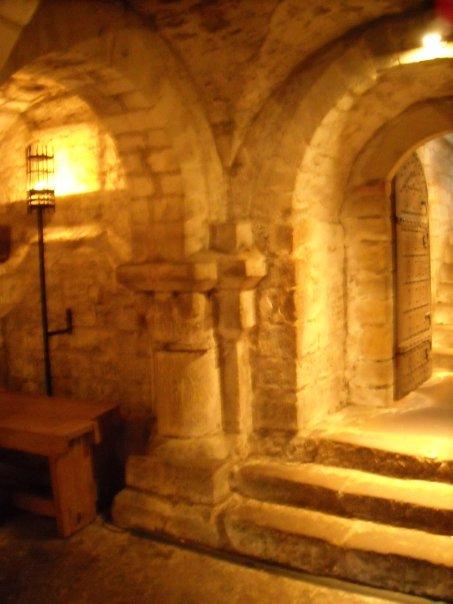 crypt-4